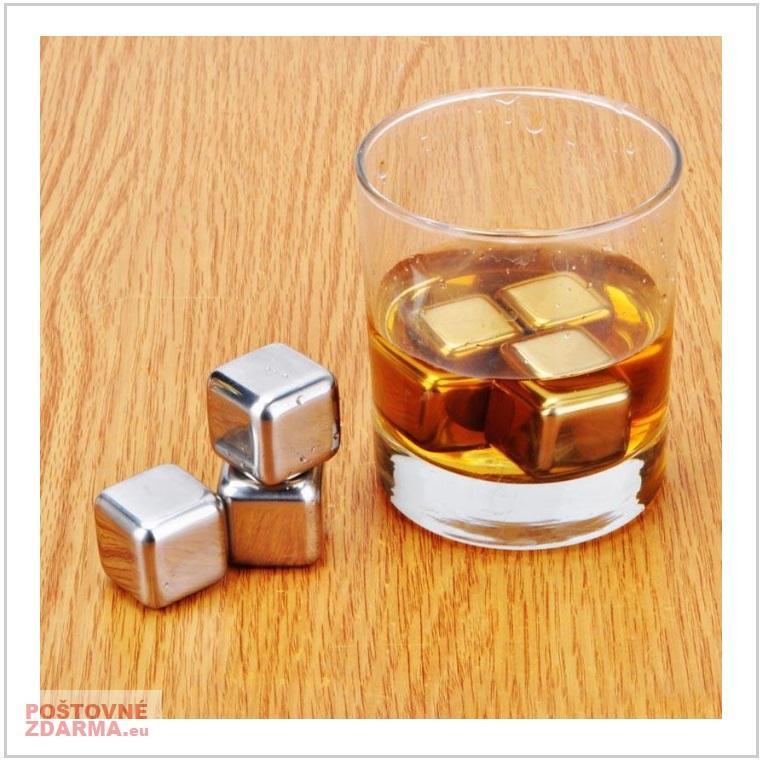 Chladicí kostka do nápojů / AT-00648