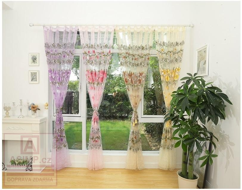 Květovaná záclona (100 x 270 cm)