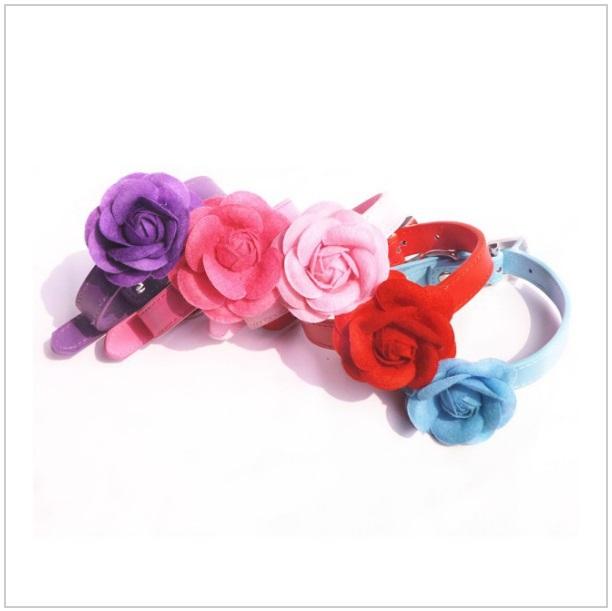 Obojek s růží pro psí slečny (S)