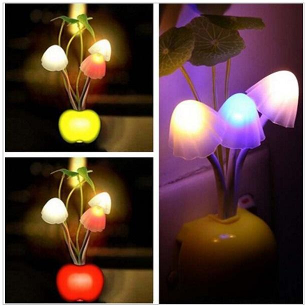 Dekorační noční lampa se světelným čidlem