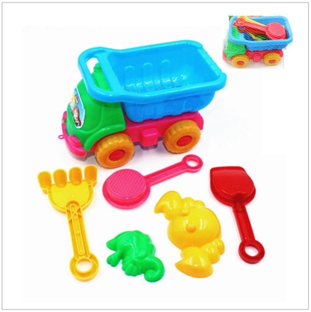 Dětské autíčko s vybavením na písek