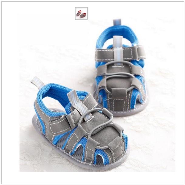 Dětské modré sandálky