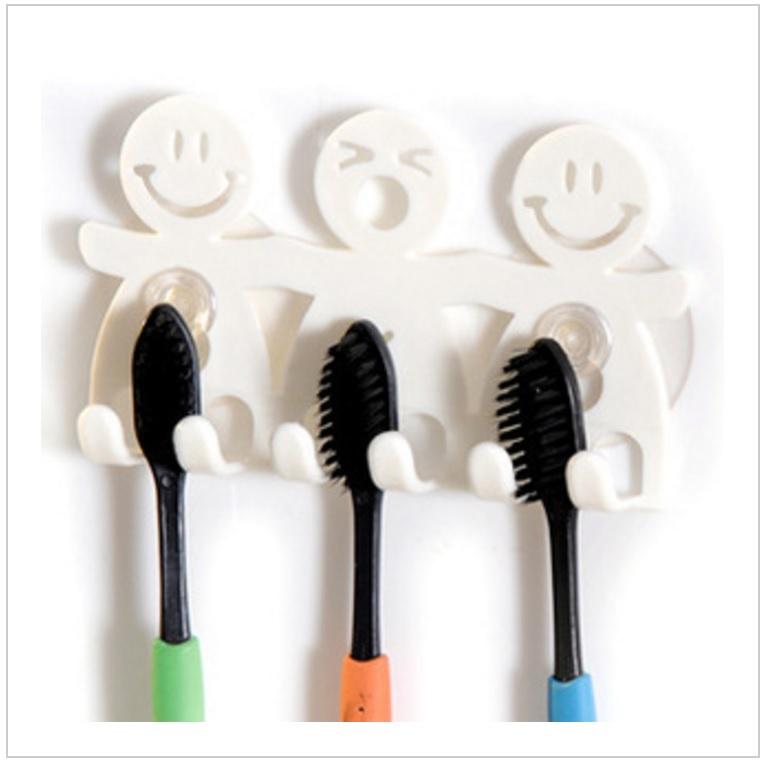 Držák na zubní kartáčky